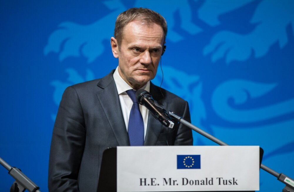 Туск призвал ЕС провести саммит по миграции с участием арабских государств