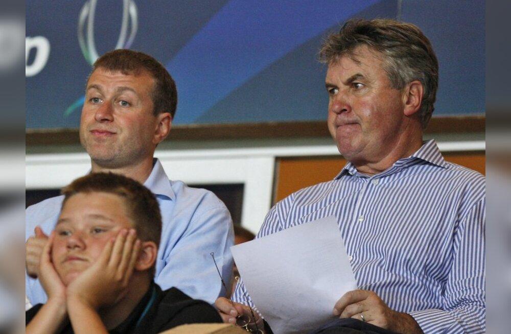Hiddink on valmis Chelsea peatreeneriks hakkama