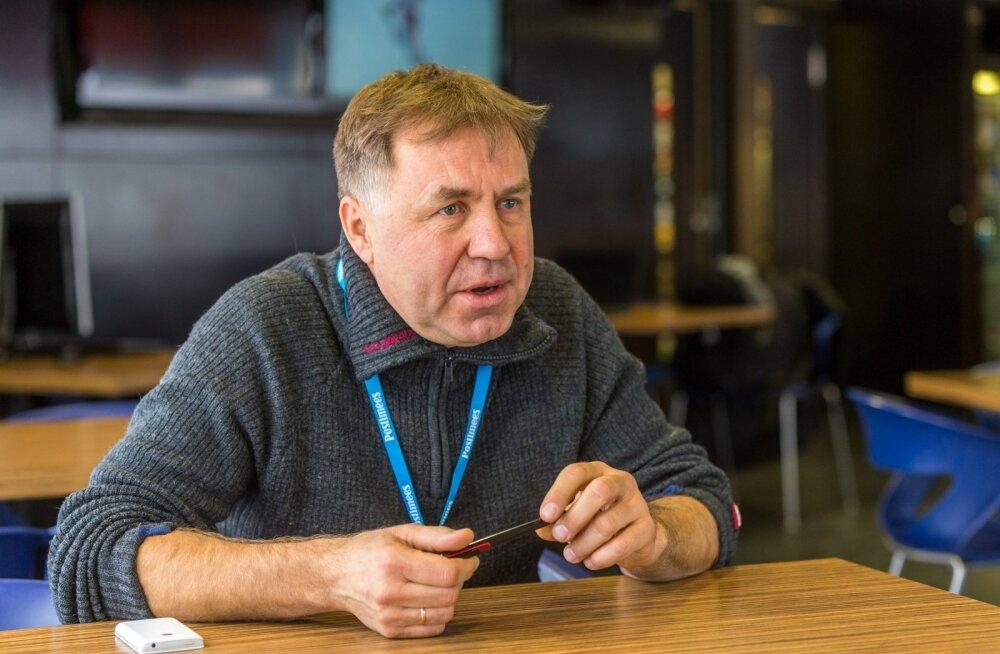 Eesti suusakoondise peatreener Jaanus Teppan on ooterežiimil. Ta ootab uut põlvkonda ja seda, et praegused koondislased tuleksid temaga kehvast seisust väljatulemist arutama.