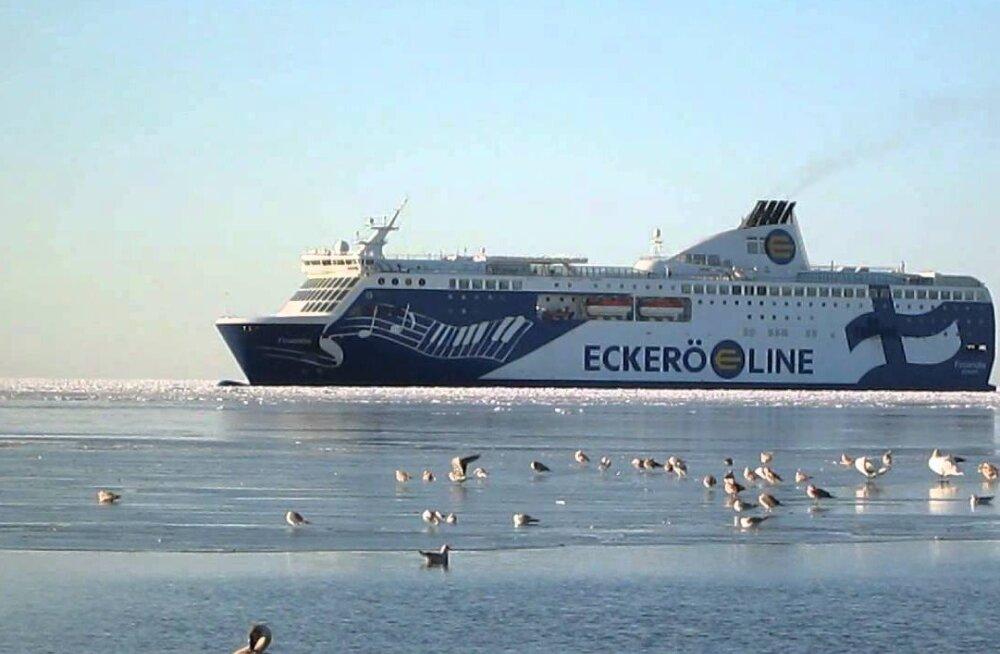 Eckerö paneb Soome liinile ööväljumisi juurde