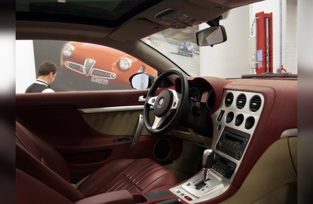 Alfa Brera on kena küll, ent kus on topsihoidja?