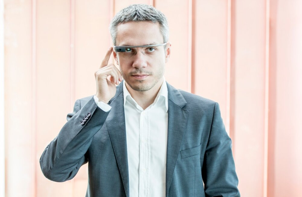 Andrei Korobeinik google glasse kandmas