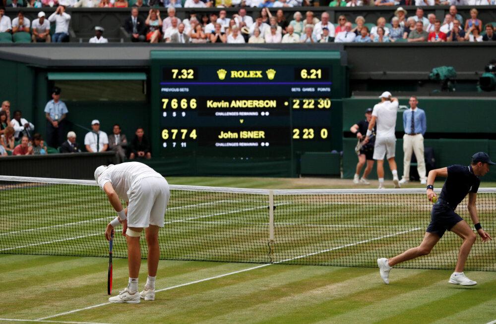 Fantastiline maratonlahing Wimbledoni poolfinaalis: kaks servikahurit pommitasid üksteist üle kuue ja poole tunni!