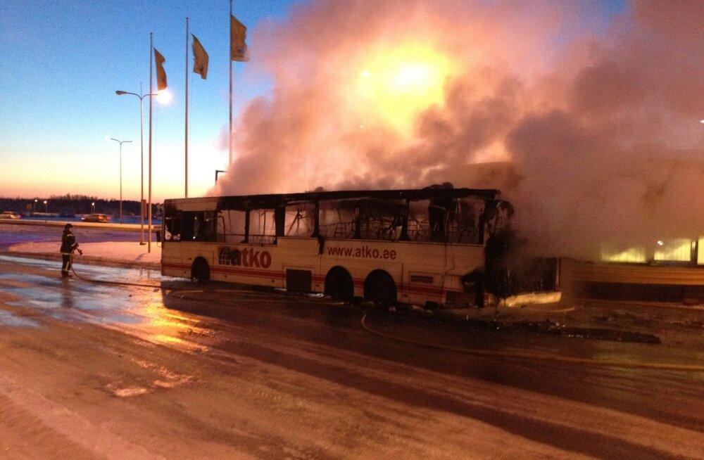 2013. aastal läks ATKO buss Sauel põlema