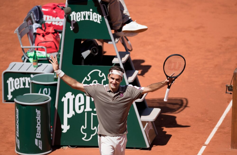 Roger Federer sammus kindlal sammul French Openi veerandfinaali
