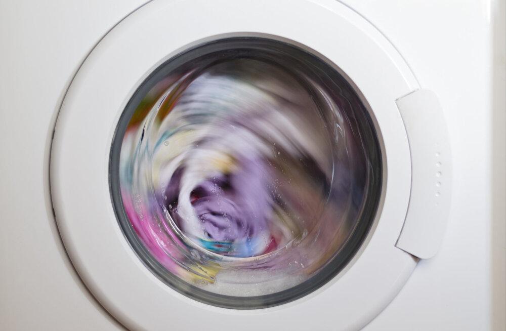 Meistrimees avaldab võika põhjuse, miks ei tasu mittetöötava pesumasina ust kunagi kinnisena hoida