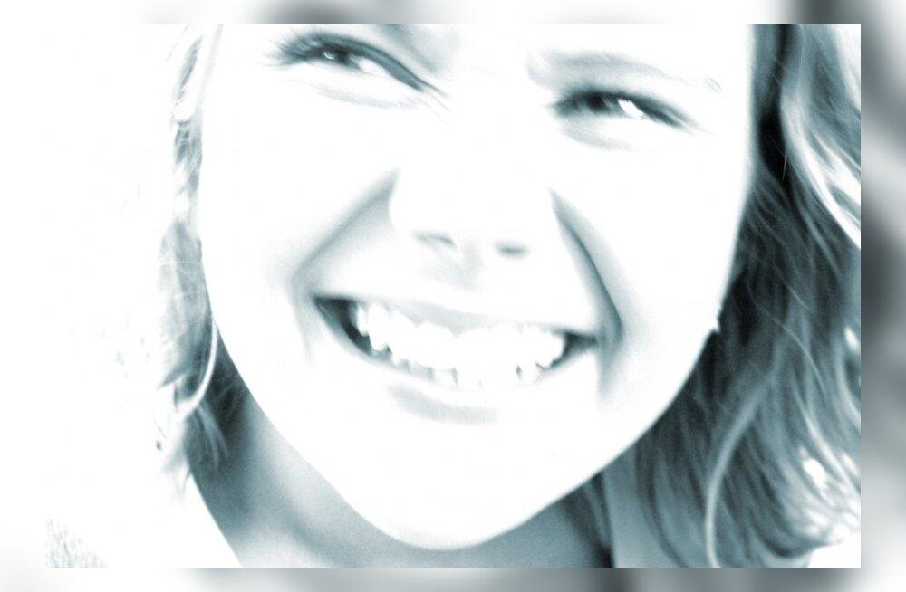 Mida võtta ette järsku tekkinud laiade hambavahedega?