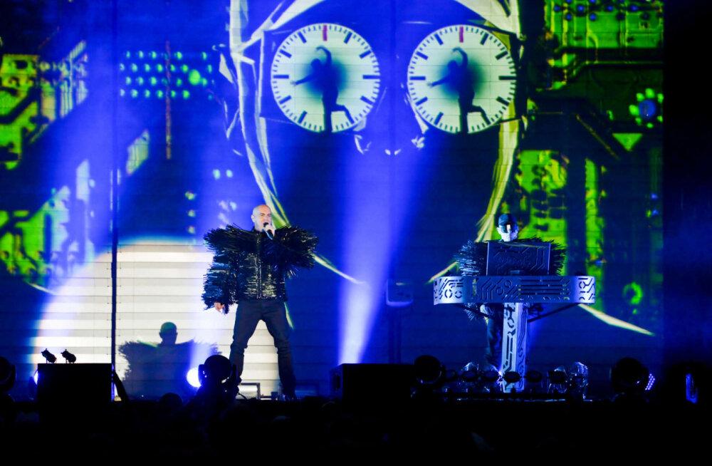 TOP 5 | Suvel Eestis esineva Briti elektroduo Pet Shop Boysi Billboardi hittide esiviisik läbi aastate
