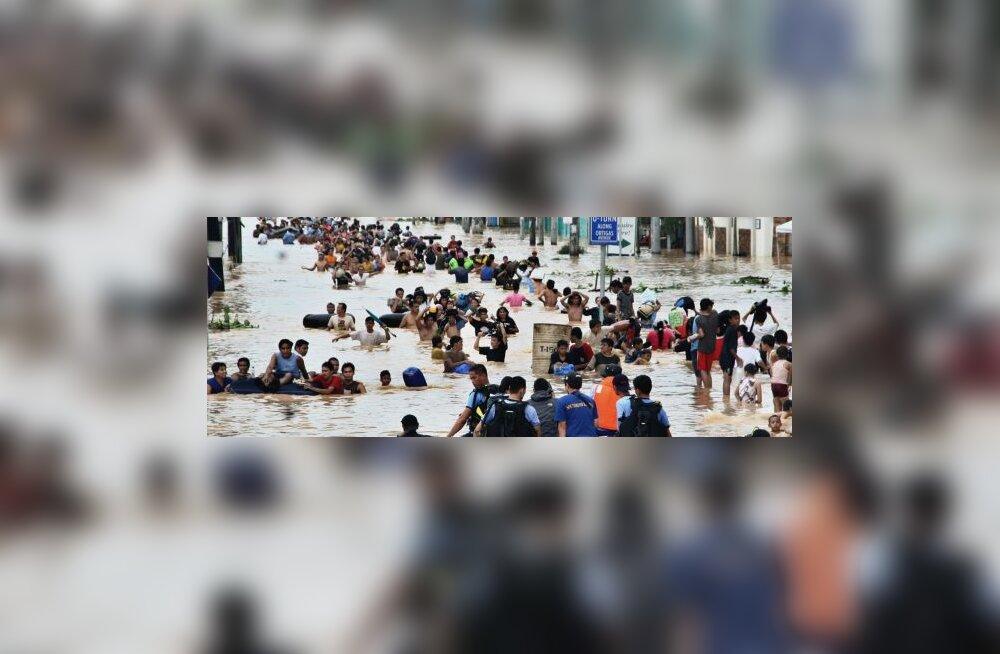 Sajad tuhanded jäid Filipiinidel üleujutustele jalgu
