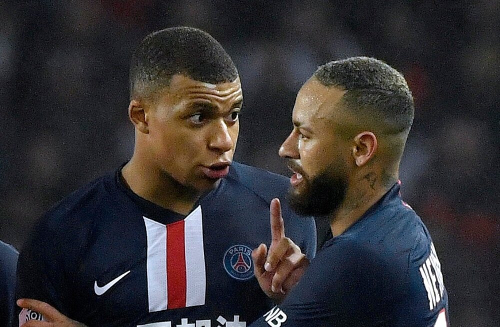 Kylian Mbappe (vasakul) ja Neymar sel nädalal Prantsusmaa jalgpalliliigas väljakule ei pääse.