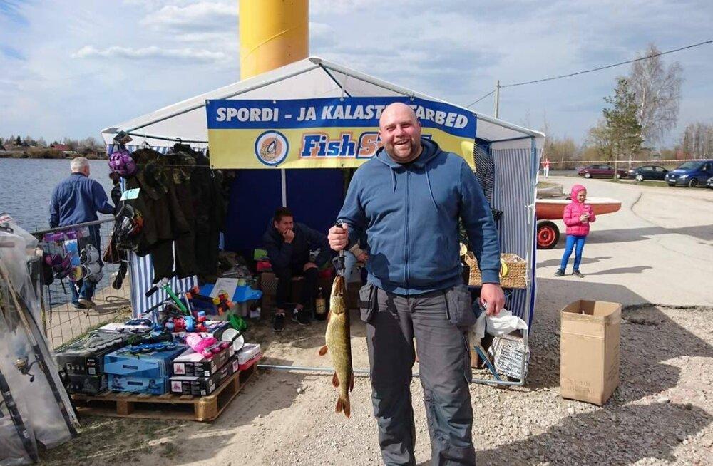 Результат нарвских соревнований по ловле щуки — 1 рыба на всех