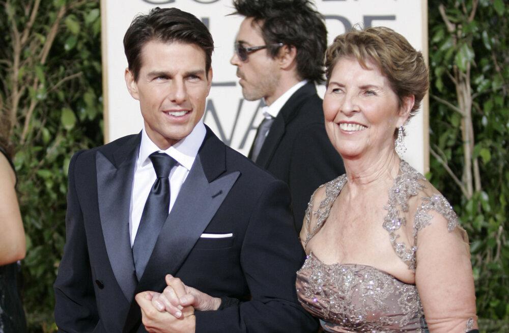 Tom Cruise ema Mary Lee Southiga aastal 2009