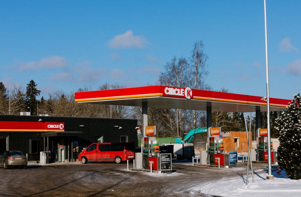 Hakkabki pihta: esimene Statoili tankla muudeti Circle K-ks