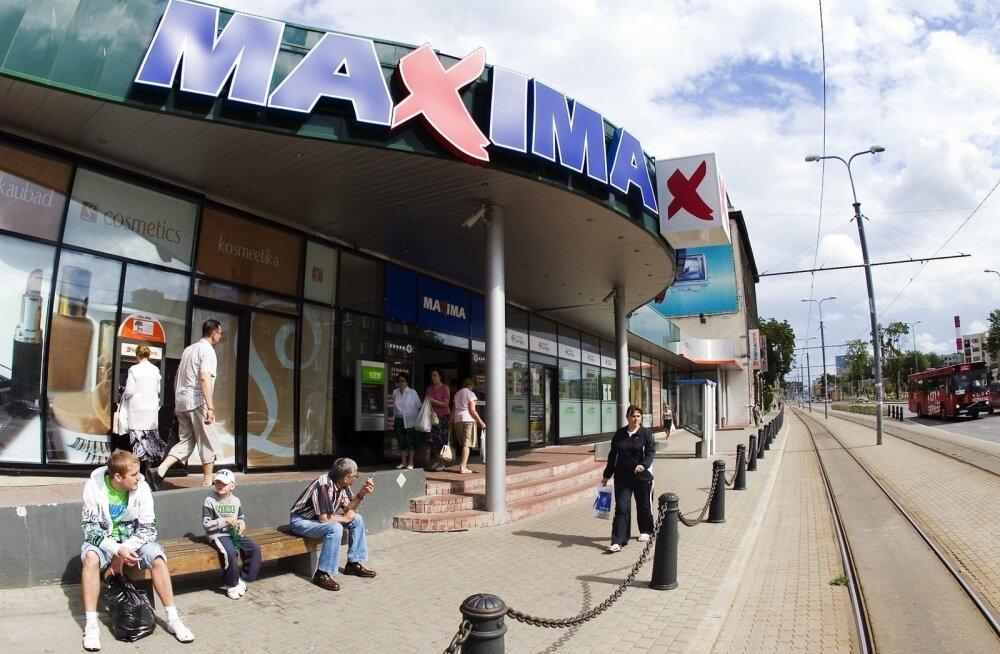 Отказавшаяся говорить с клиентом на эстонском языке кассирша Maxima больше не работает в том магазине