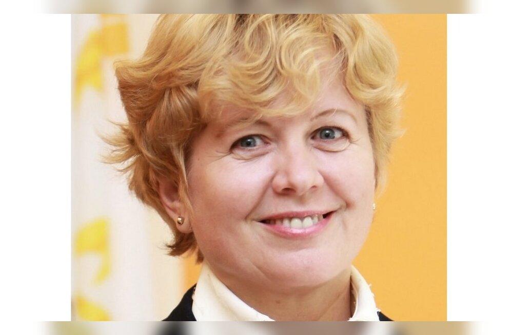 Suri raske haigusega võidelnud majandusprofessor Ruth Alas