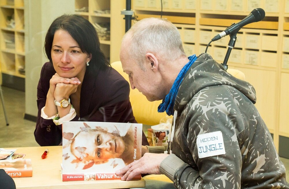 Vahur ja Liina Kersna kohtusid saaremaal lugejatega ja andsid autogrammitunni