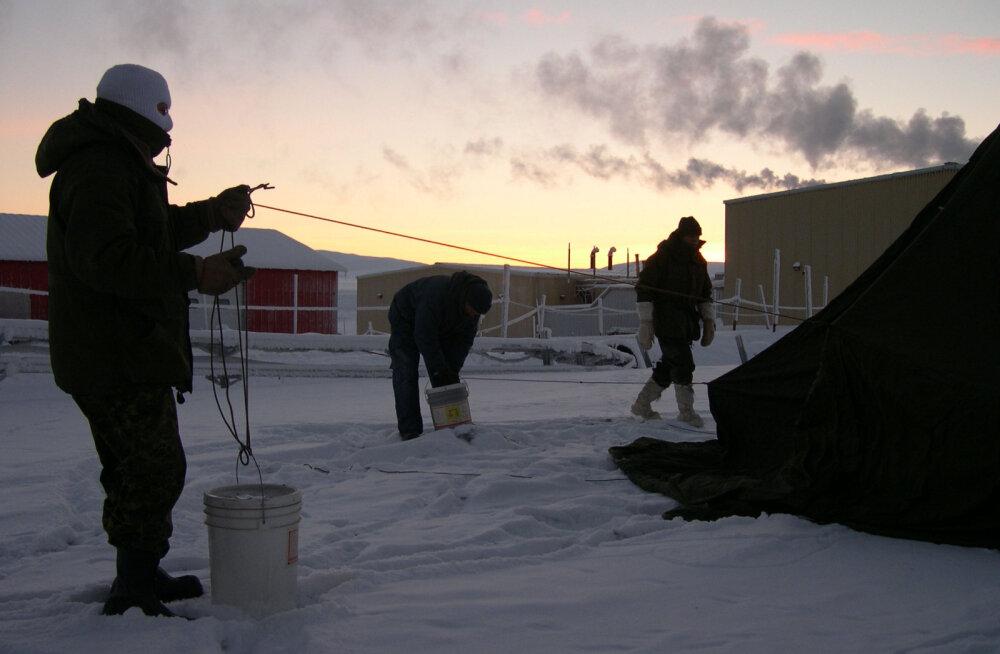 Maailma põhjapoolseimas asulas tõi kuumalaine kaasa rekordilise 21-kraadise soojuse