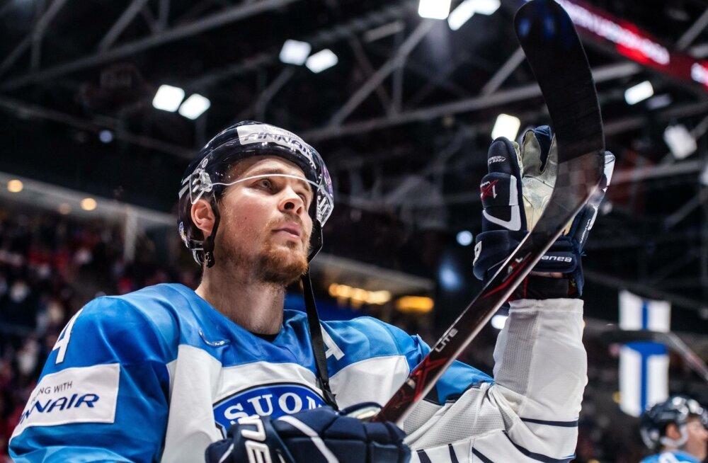 Микко Лехтонен в форме сборной Финляндии
