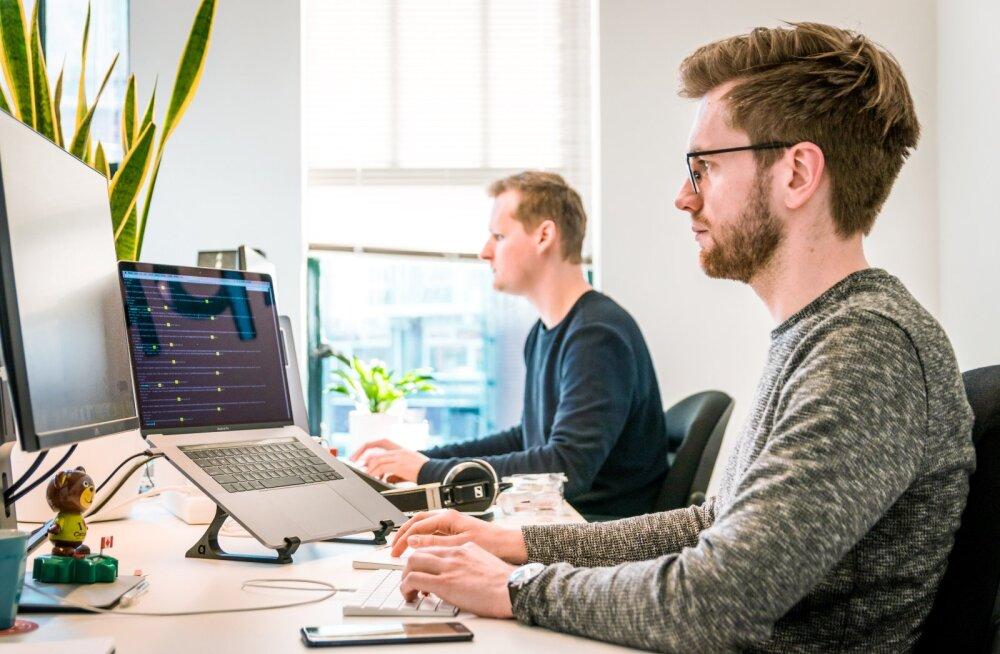 ОПРОС | Лишь у 25% жителей Эстонии организация и условия работы не изменились из-за коронавируса