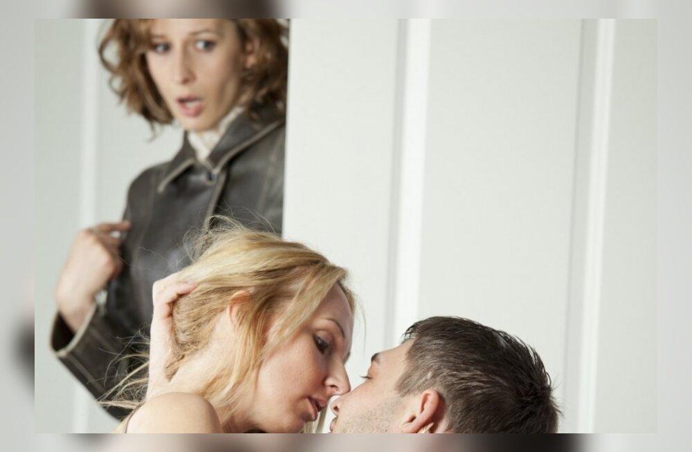 Порно муж пьяный жена чужая