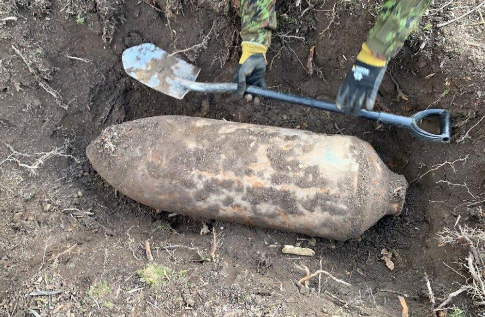 FOTO   Järvamaalt leiti veerand tonni kaaluv lennukipomm
