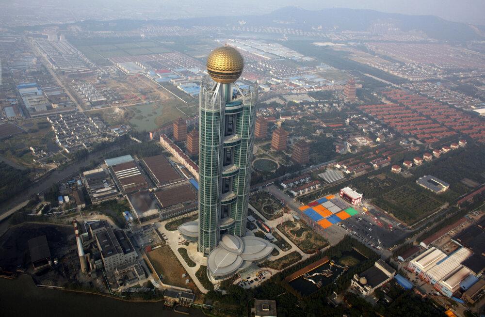 Hiina ime Huaxi - pilvelõhkujaga näidisküla, mille rikkad elanikud ära kolides kõigest ilma jäävad