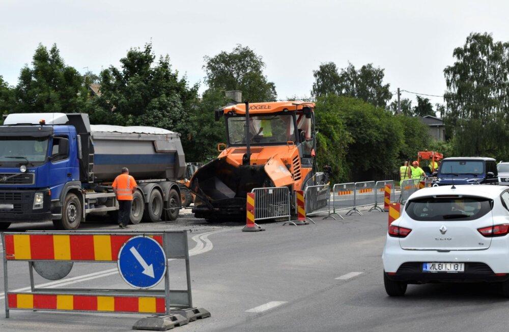 В Кристийне приступили к ремонту внутриквартальных дорог. Список объектов