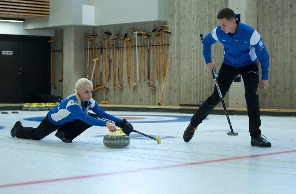 Curling. Harri Lill ja Marie Turmann