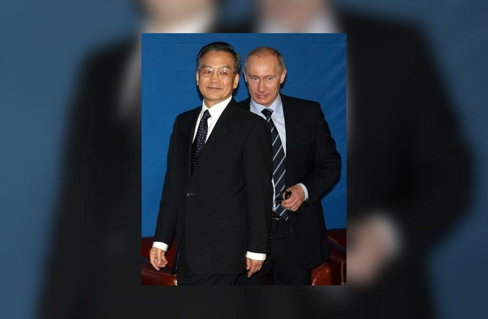 Putin palus Pekingil kauplemisel dollarist loobuda