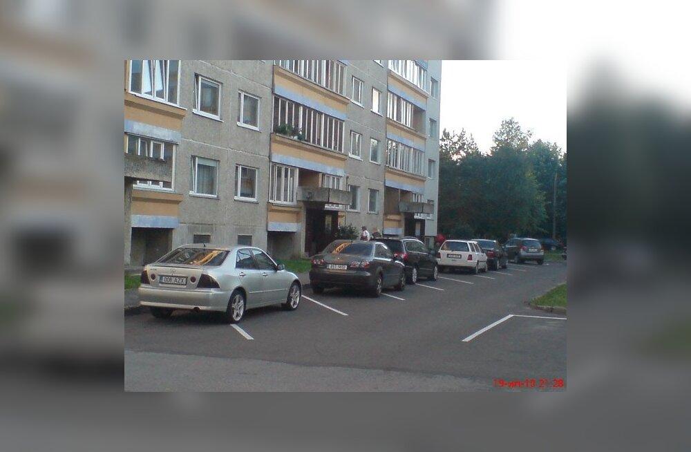 """Таллиннская управа обсудила проблемы парковок в """"спальных районах"""""""