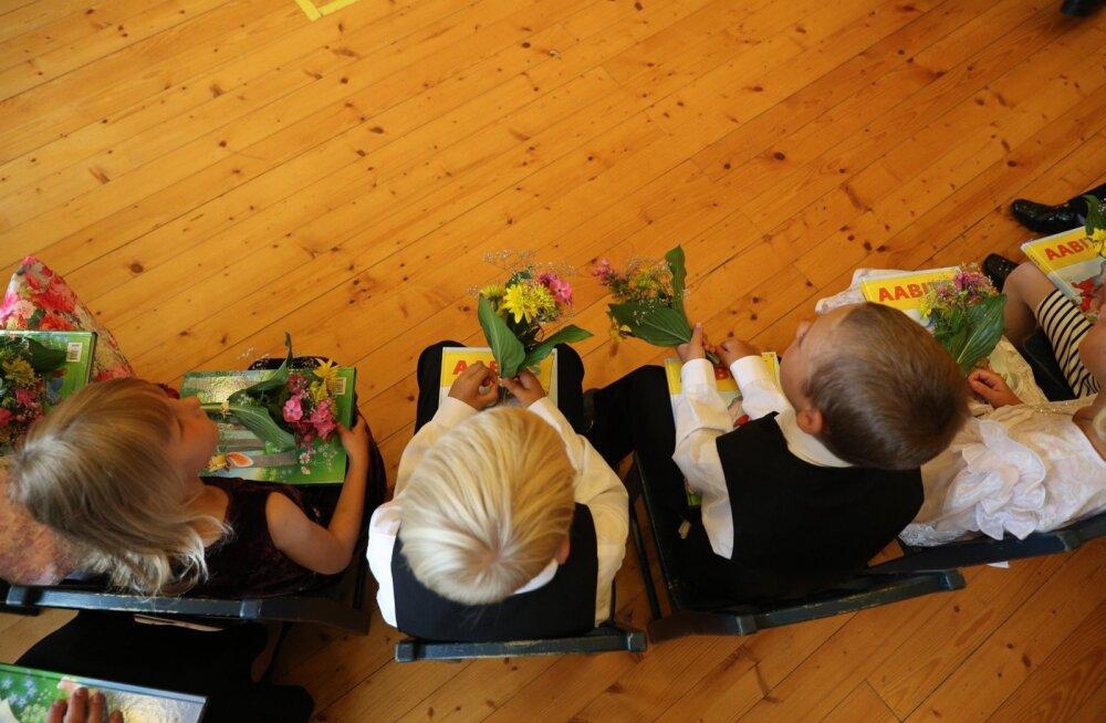 Teeme selgeks: kuidas esimeseks koolipäevaks töölt vabaks saada?