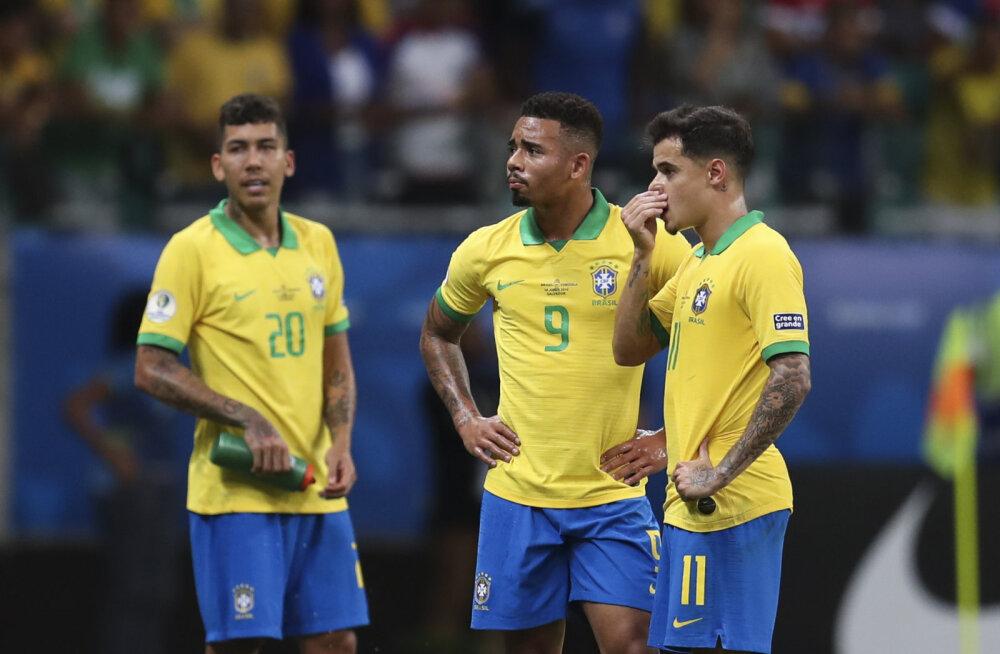 Kolm korda võrku sahistanud Brasiilia pidi leppima väravateta viigiga