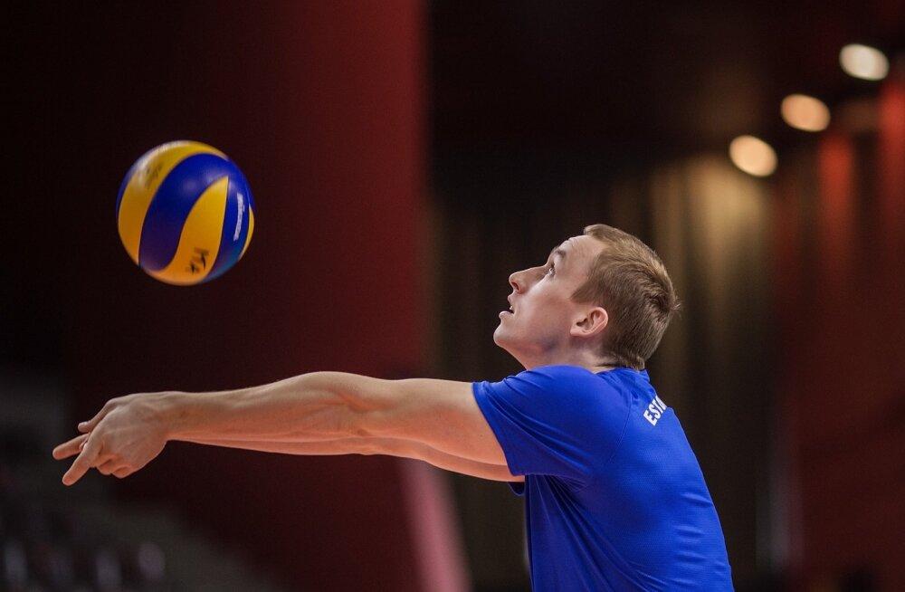 Eesti võrkpallikoondise treening, Henri Treial