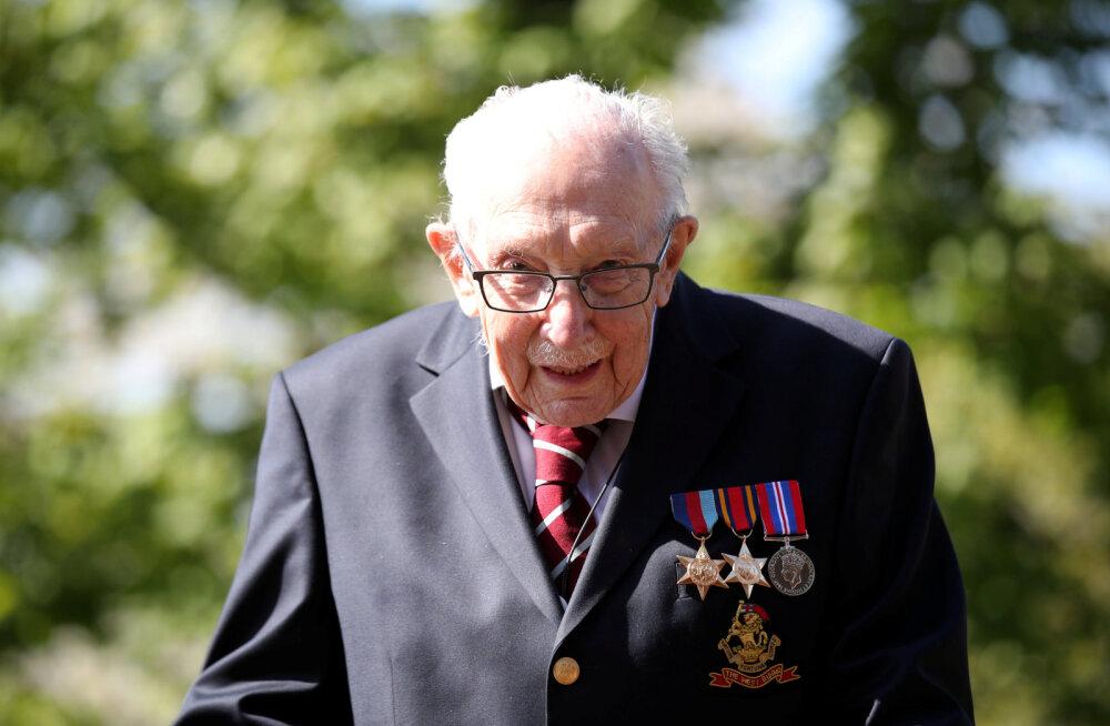 Kapten Tom Moore jõudis Guinnessi rekordite raamatusse: 99-aastane kogus üksinda 28 miljonit naela