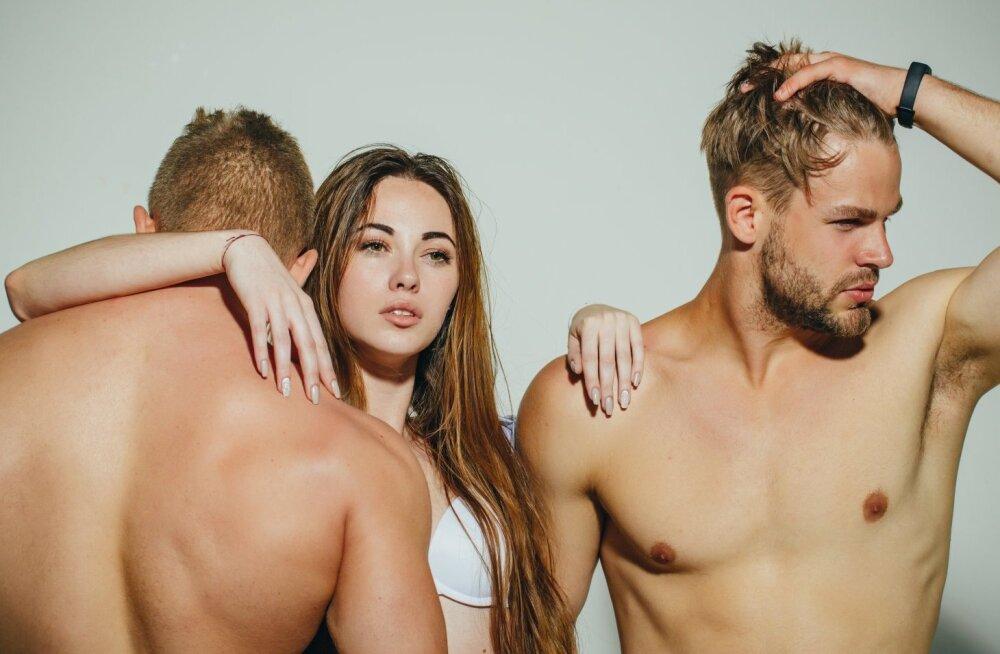 совет, как могу Секс сайт сексдевок русалка ноги раздвинет