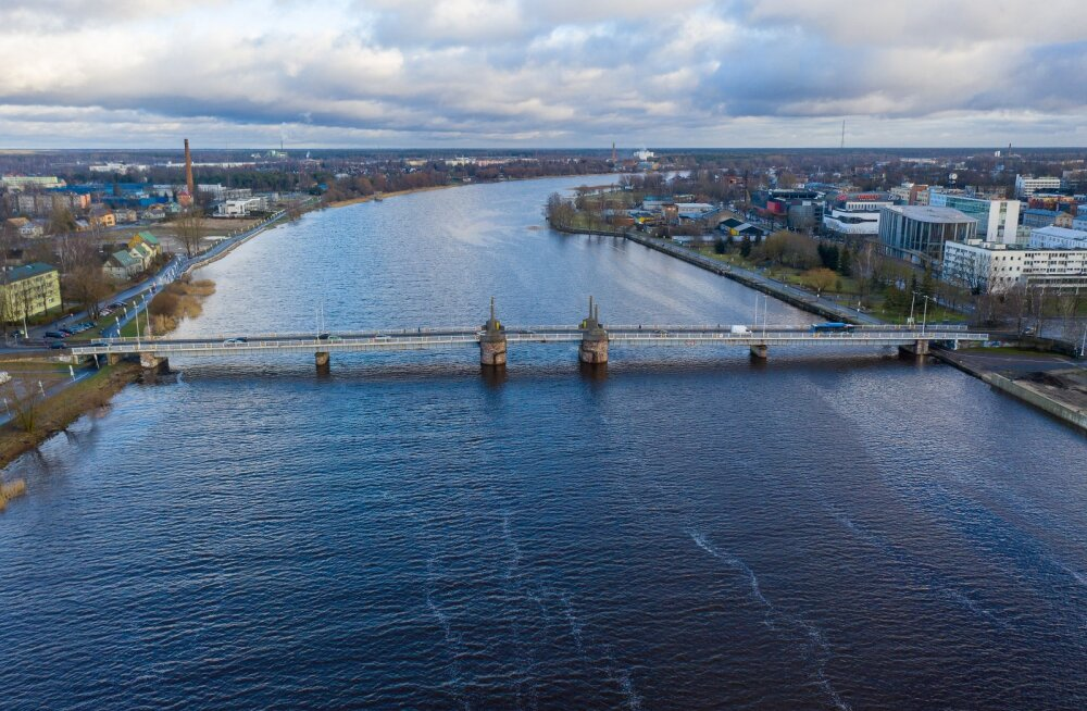 Pärnu jõeäärse elamu arendaja vaevleb võlgades: hetkel on natuke keeruline olukord