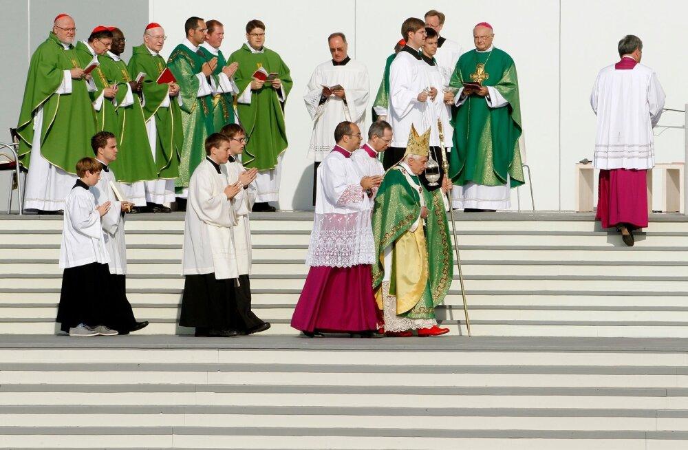 Uuring: Saksa katoliku preestrid on seksuaalselt rünnanud enam kui 3600 last