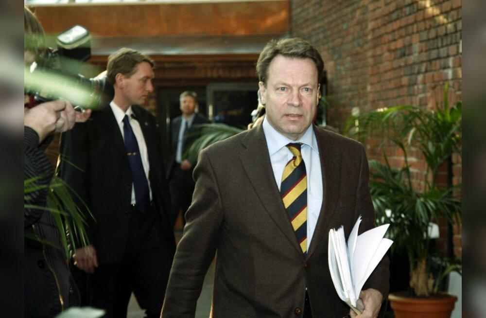 Soome endisele välisministrile esitati süüdistus altkäemaksu võtmises