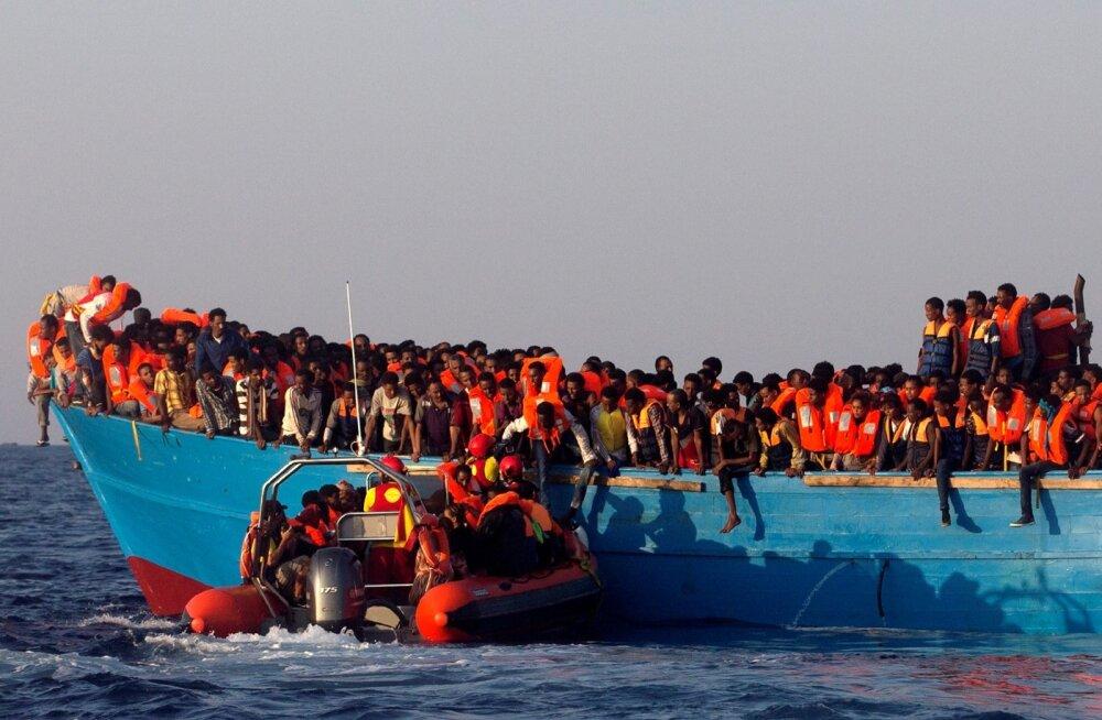 Itaalia, Liibüa sisserändajad