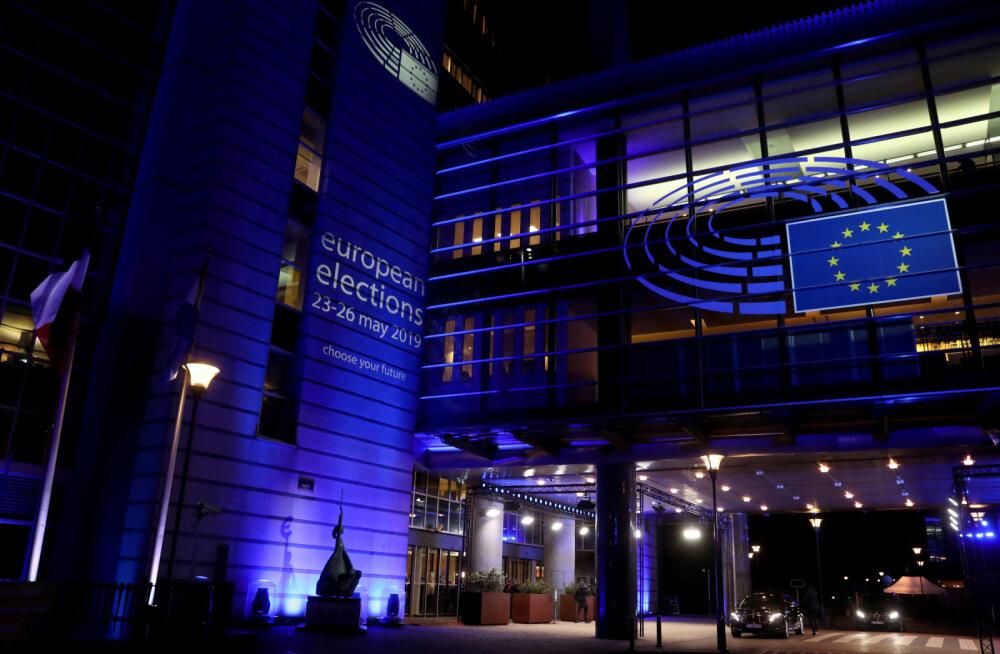 Сотрудники Европарламента недовольны резким повышением цен в столовой
