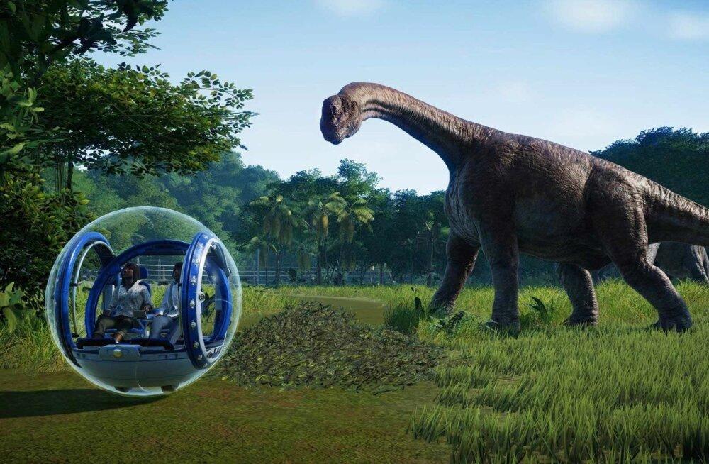 """Jurassic World Evolution"""