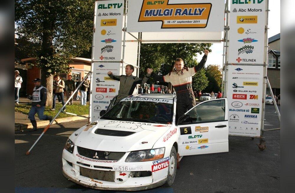 Mulgi ralli võitjad Kaspar Koitla ja Andres Ots, autoralli