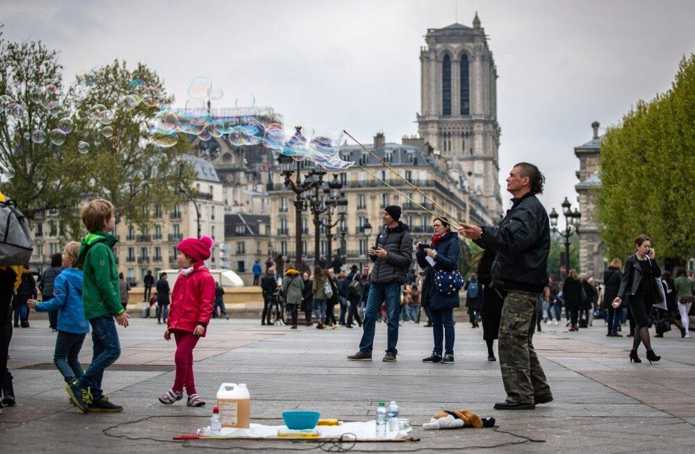 Turismimagnetina töötab Jumalaema kirik Pariisis ka põlenuna väga hästi.