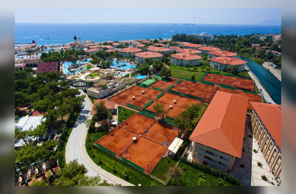 KUUM SIHTKOHT: Türgi kuurordid tennisehuvilisele