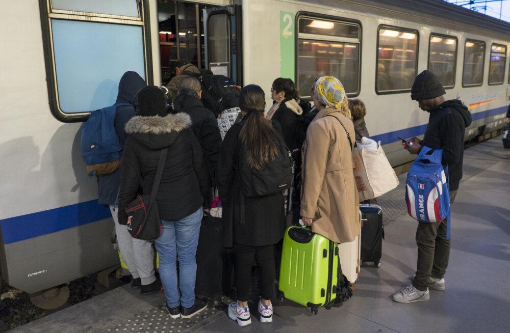 Prantsusmaal toimub üks viimase aja suurimaid streike Macroni pensionireformi vastu