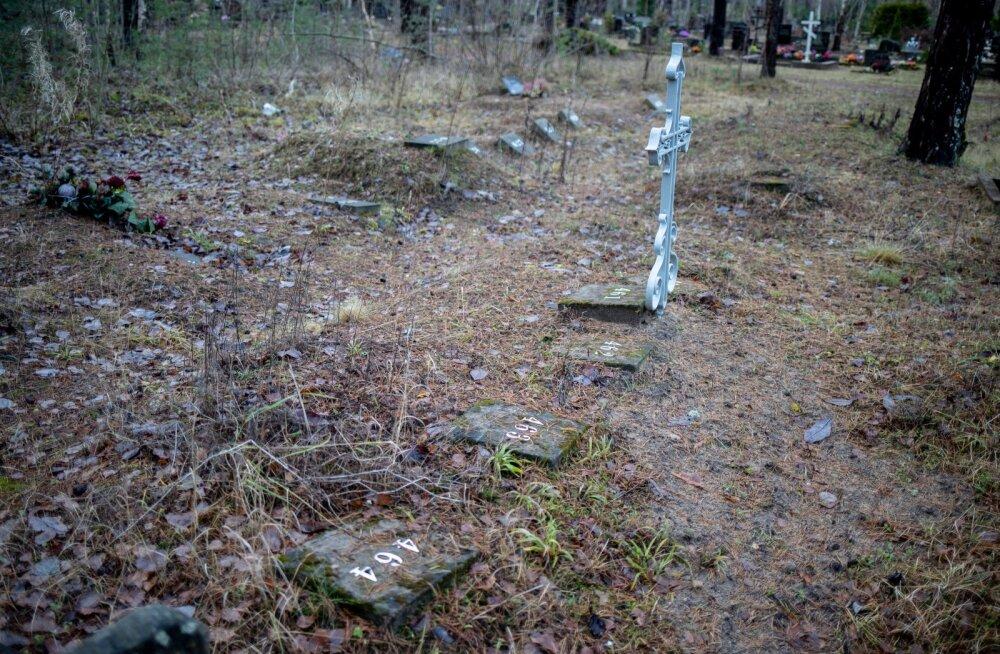 Numbrid Liiva kalmistul