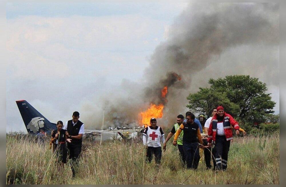 Mehhiko lennuõnnetuses sai 85 inimest vigastada