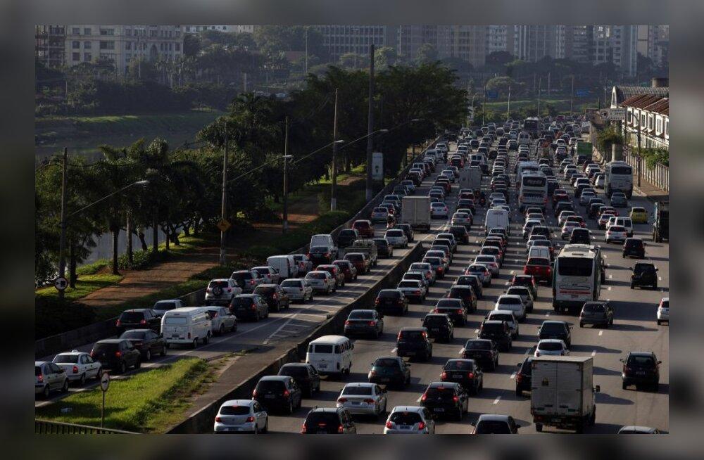 Suurimad liiklusummikud maailma ajaloos (kõik leidsid aset viimase viie aasta jooksul!)