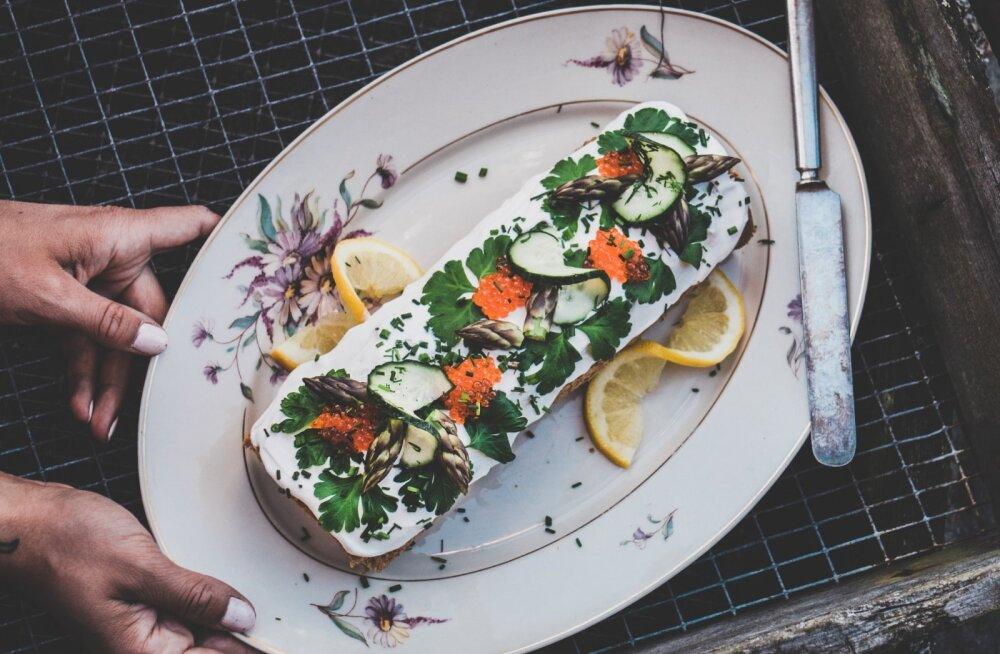 RETSEPTID   Suviselt kerged toiduvalmistamise ideed: kreemjas kalarull ja mitmekülgne forellikreem