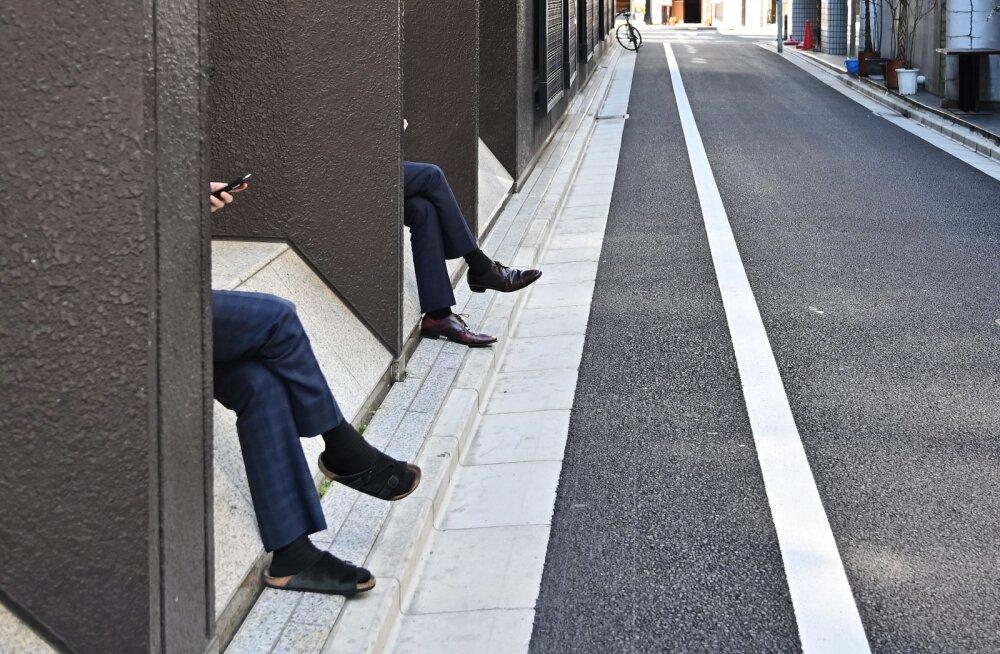Jaapanlasi tabas ootamatult kümme täiendavat vaba päeva. Nad pole selle üle õnnelikud